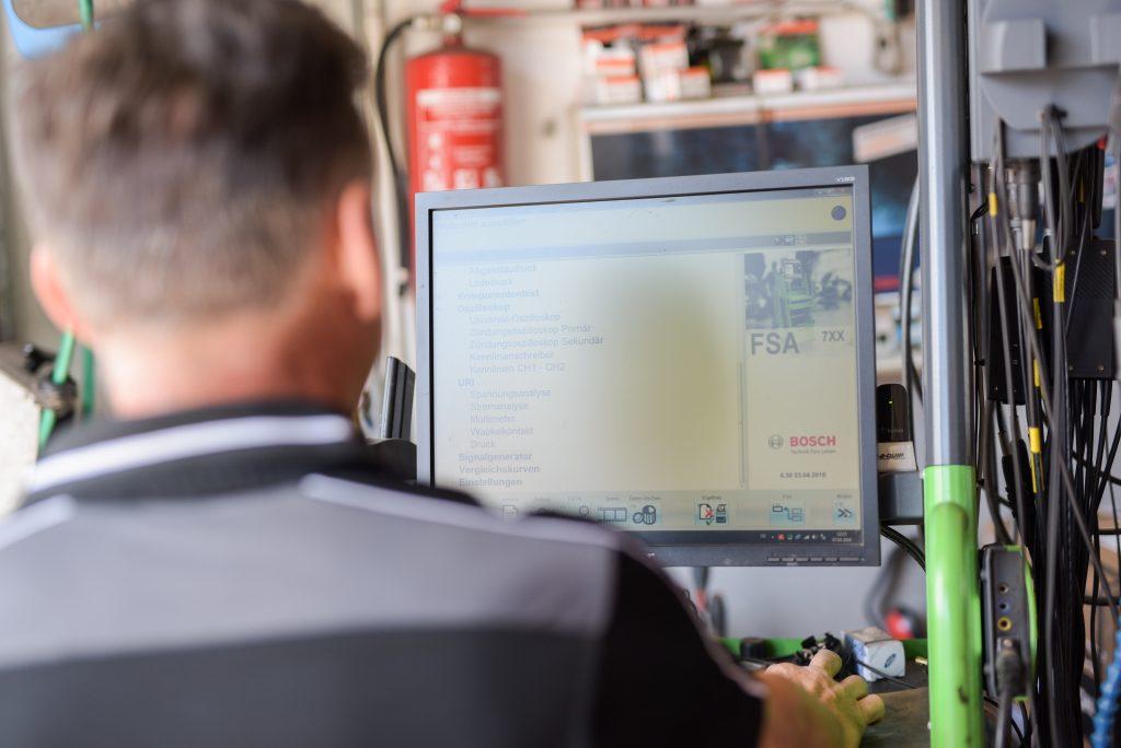 Ersatzteile in Originalqualität, Mobilitätsgarantie, Herstellerdiagnose, Bosch FSA, Fehlerspeicher, Inspektion nach Herstellervorgaben, Digitales Servicebuch